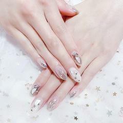 圆形白色银色水波纹贝壳片美甲图片