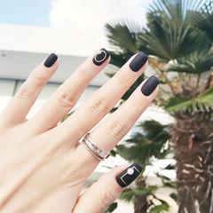 方圆形黑色珍珠磨砂简约美甲图片