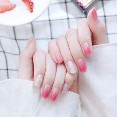 圆形粉色银色渐变美甲图片