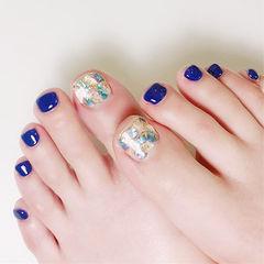 脚部蓝色贝壳片金箔想学习这么好看的美甲吗?可以咨询微信mjbyxs3哦~美甲图片