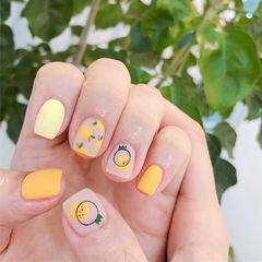 方圆形橙色黄色手绘水果磨砂夏天美甲图片