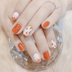 方圆形橙色白色手绘水果夏天圆法式想学习这么好看的美甲吗?可以咨询微信mjbyxs3哦~美甲图片