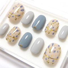 圆形蓝色灰色白色手绘花朵金银线夏天美甲图片