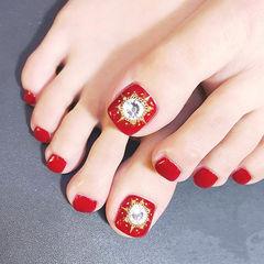 脚部红色钻新娘显白想学习这么好看的美甲吗?可以咨询微信mjbyxs3哦~美甲图片
