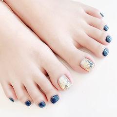 脚部蓝色金箔想学习这么好看的美甲吗?可以咨询微信mjbyxs3哦~美甲图片
