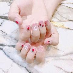 方圆形红色粉色白色手绘草莓水果夏天美甲图片