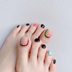 脚部粉色蓝色黑色绿色晕染跳色想学习这么好看的美甲吗?可以咨询微信mjbyxs6哦~美甲图片