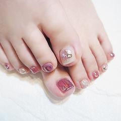 脚部粉色银色晕染跳色想学习这么好看的美甲吗?可以咨询微信mjbyxs6哦~美甲图片
