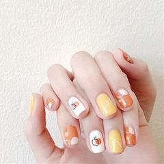 方圆形橙色黄色白色手绘跳色水果夏天想学习这么好看的美甲吗?可以咨询微信mjbyxs6哦~美甲图片