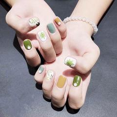 方圆形绿色黄色手绘树叶珍珠夏天美甲图片