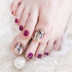 脚部紫色贝壳片金箔想学习这么好看的美甲吗?可以咨询微信mjbyxs6哦~美甲图片