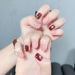 方圆形红色粉色波点心形想学习这么好看的美甲吗?可以咨询微信mjbyxs6哦~美甲图片