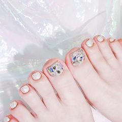 脚部银色钻新娘想学习这么好看的美甲吗?可以咨询微信mjbyxs6哦~美甲图片