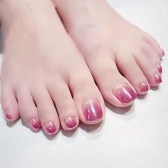 脚部粉色渐变镜面美甲图片