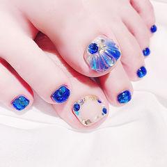 脚部蓝色裸色贝壳钻夏天想学习这么好看的美甲吗?可以咨询微信mjbyxs6哦~美甲图片
