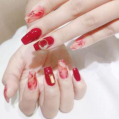 梯形红色晕染钻新娘想学习这么好看的美甲吗?可以咨询微信mjbyxs6哦~美甲图片