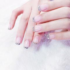 方圆形裸色钻法式新娘美甲图片