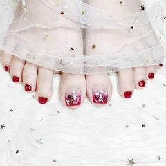 脚部红色渐变贝壳片新娘显白想学习这么好看的美甲吗?可以咨询微信mjbyxs6哦~美甲图片