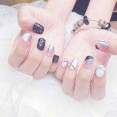 方圆形黑色灰色白色法式线条美甲图片