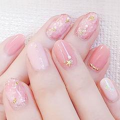 粉色圆形晕染贝壳片金箔想学习这么好看的美甲吗?可以咨询微信mjbyxs6哦~美甲图片