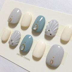 圆形蓝色白色灰色贝壳钻夏天美甲图片