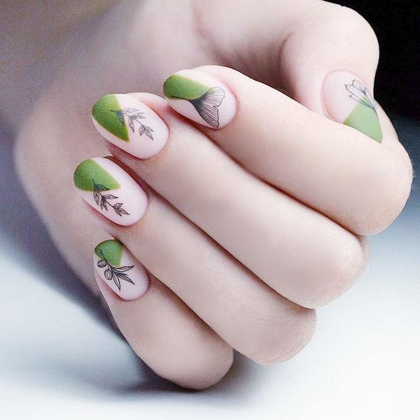 圆形绿色黑色手绘树叶磨砂想学习这么好看的美甲吗?可以咨询微信mjbyxs6哦~美甲图片