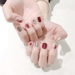 方圆形红色银色晕染短指甲美甲图片