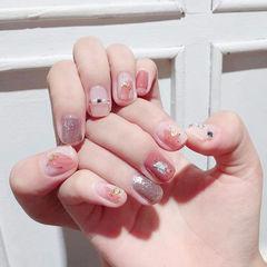 方圆形粉色银色晕染贝壳片金箔珍珠美甲图片