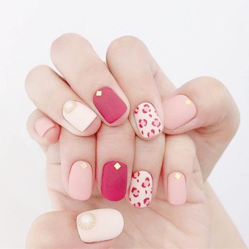 方圆形红色粉色白色手绘豹纹跳色磨砂美甲图片