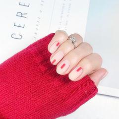 圆形裸色红色线条磨砂简约美甲图片