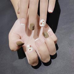 方圆形绿色白色手绘短指甲法式美甲图片