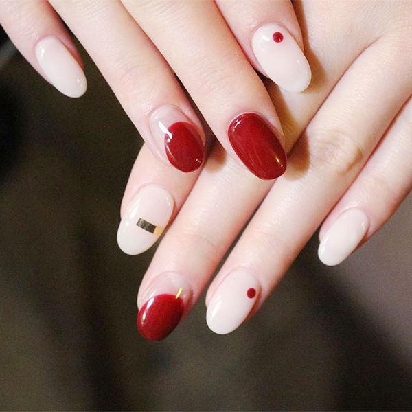 圆形红色白色金银线圆法式波点美甲图片