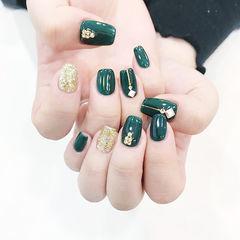 方圆形绿色金色钻美甲图片