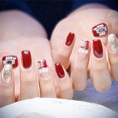 方圆形红色银色格纹珍珠钻平法式美甲图片