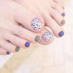脚部蓝色绿色手绘豹纹磨砂跳色美甲图片