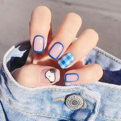 方圆形蓝色手绘卡通史努比格纹可爱包边美甲图片