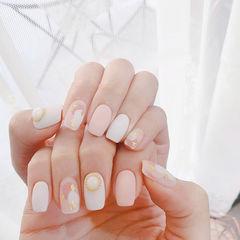 方圆形粉色白色晕染金箔珍珠磨砂美甲图片