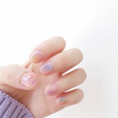 圆形粉色蓝色紫色晕染短指甲美甲图片