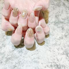 圆形裸色银色水波纹贝壳片全国连锁日式学校学美甲加微信:mjbyxs15美甲图片