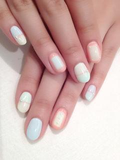圆形可爱日式简约粉色粉嫩色块 日系美甲美甲图片