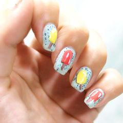 方圆形黄色红色蓝色手绘其他夏日可爱风冰棒甲美甲图片