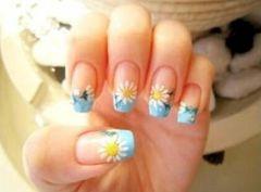 方形可爱法式手绘蓝色小花花太适合夏天啦!美甲图片