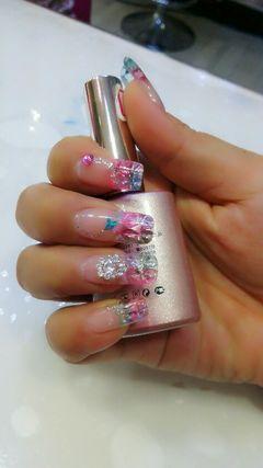 方圆形粉色蓝色绿色新娘简约coco美甲沙龙美甲图片
