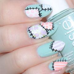蓝色粉色可爱手绘尖形可爱手绘小补丁美甲美甲图片