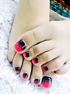 方圆形红色黑色法式简约两色交融的花火~美甲图片