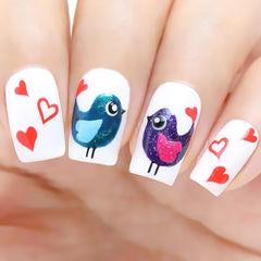 紫色蓝色红色白色手绘可爱方形可爱童真的小鸟美甲图片