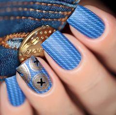蓝色金色简约可爱手绘创意方形纽扣美甲美甲图片