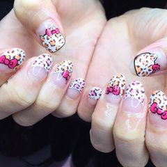 手绘可爱法式圆形裸色粉色Kitty美甲豹纹kitty手绘款美甲图片