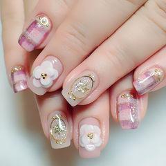花朵雕花格纹日式粉色方圆形钻美甲图片
