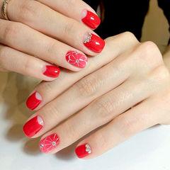 红色花朵钻新娘方圆形美甲图片
